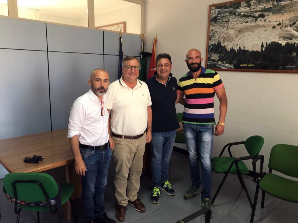 """SULLE CASE DI QUARTIERE PROPOSTE DA """"PROSSIMA"""" L'ASSESSORE MOSCHELLA NON RISPONDE"""