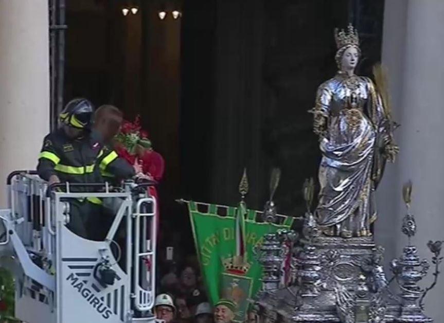 LA FESTA DI SANTA LUCIA NON E' UNO SHOW, CONTINUA A SIRACUSA L'ATTILA DAY