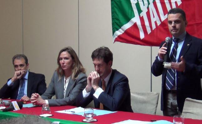IL CASO BANDIERA / PROTESTANO GLI AGRONOMI: UN BURATTINAIO OCCULTO MUOVE I DIRIGENTI ALL'ASSESSORATO REGIONALE ALL'AGRICOLTURA