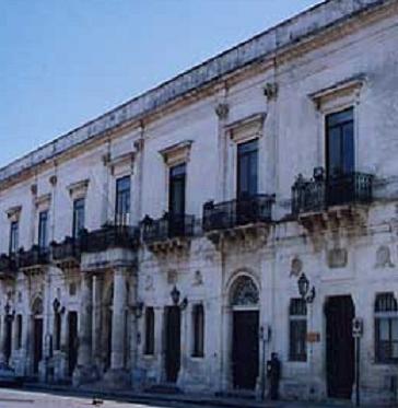 FLORIDIA / COMUNALI SENZA STIPENDIO E SINDACO DIMISSIONARIO