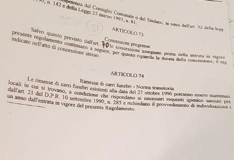 L'ASSALTO AL CIMITERO / QUALCUNO MODIFICA IL REGOLAMENTO PER FAR PAGARE DUE VOLTE I LOCULI